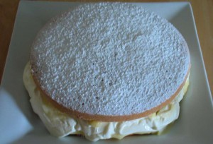 Filled Lemon Sponge caked