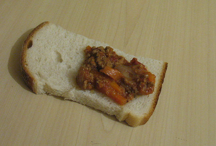 bolognese_on_bread