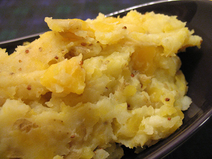 Neeps and Tatties (Mashed Turnip and Potatoes)