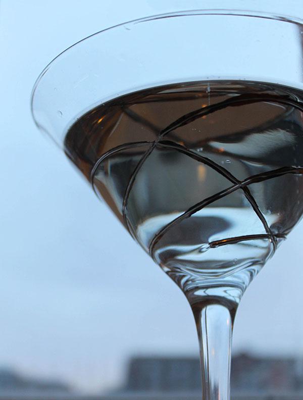 Gin & Tonic with Elderflower Cordial